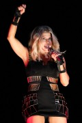 Fergie performs in Sao Paulo, 12 November, x7