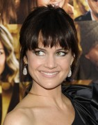 Карла Гуджино, фото 1518. Carla Gugino - 'New Year's Eve' premiere in New York City 07/12/11, foto 1518