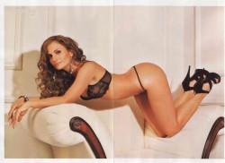 Aura Cristina Geithner desnuda H Extremo Mayo 2011 [FOTOS] 8