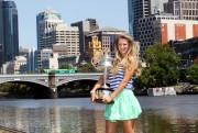 Виктория Азаренко, фото 182. Victoria Azarenka Posing with the Australian Open Trophy along the Yarra River in Melbourne - 29.01.2012, foto 182