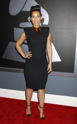 Алиша Киз (Алисия Кис), фото 3063. Alicia Keys 54th annual Grammy Awards - 12/02/2012 - Red Carpet, foto 3063