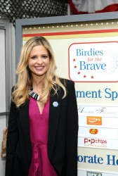 Sarah Michelle Gellar @ Operation Shower February 15, 2012 HQ x 3