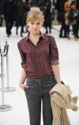 Клменс Пози, фото 160. Clmence Posy Arrives at the Burberry Autumn Winter 2012 Womenswear Show during London Fashion Week - 20.02.2012, foto 160