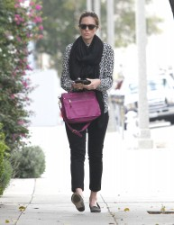 Мэнди Мур, фото 3400. Mandy Moore goes shopping before heading to the Byron and Tracey Salon, february 27, foto 3400