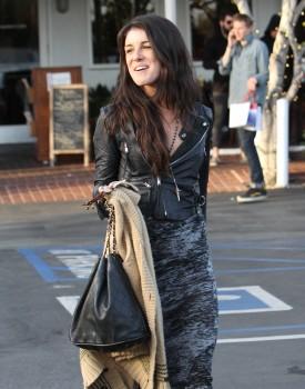 Шенэй Граймс, фото 2003. Shenae Grimes - Lunching in LA - Feb. 29, 2012, foto 2003