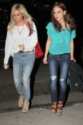 Эшли Тисдэйл, фото 7813. Ashley Tisdale March 1st Firefly Restaurant, foto 7813