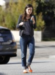 Рейчел Билсон, фото 8402. Rachel Bilson - drops by a liquor store in Los Feliz, March 7, foto 8402