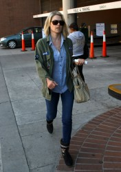 Али Лартер, фото 2629. Ali Larter - O&A shopping in Beverly Hills - (03/07/12), foto 2629