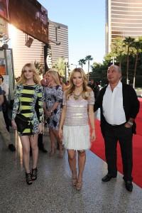 Кристен Белл, фото 8397. Kristen Bell Topshop Topman Store Opening in Las Vegas, 08.03.2012, foto 8397