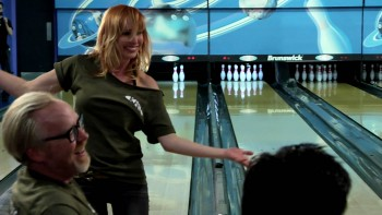 Kari Byron on All Star Celebrity Bowling - SuperiorPics ...