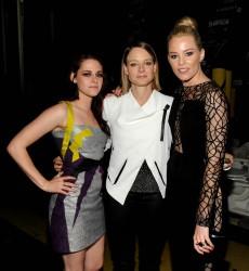 MTV Movie Awards 2012 252b4d193962802