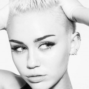 Miley Cyrus Official Site on Miley Cyrus Official Miley Website Shoot   Leather Girls Blog